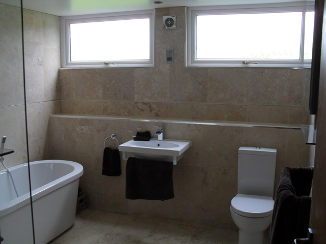 Skylights in bathrooms good idea american hwy for Bathroom design and installation